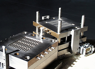 Injection Mould with Hot-Tip